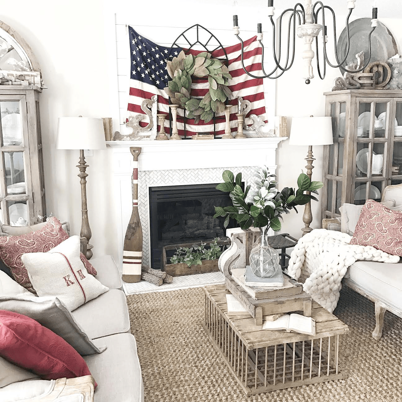 14 Fabulous DIY 4th Of July Decorations You Can Copy Right Now
