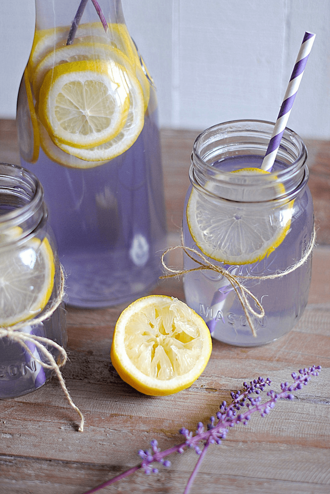 Make Weight Loss A Spa-Like Experience With These 16 Infused Water Recipes- Looking for the best infused water recipes for weight loss? We've got 16 healthy fruit infused water recipes that are perfect for fat burning! Whether you're looking for a flatter tummy, or an apple cider vinegar fat flush, or prefer a fruity metabolism boosting infused drink this list has you covered! Kick off your weight loss fitness plan with one of these all-natural infused water recipes! You'll be so happy you did! #detoxwater #weighloss
