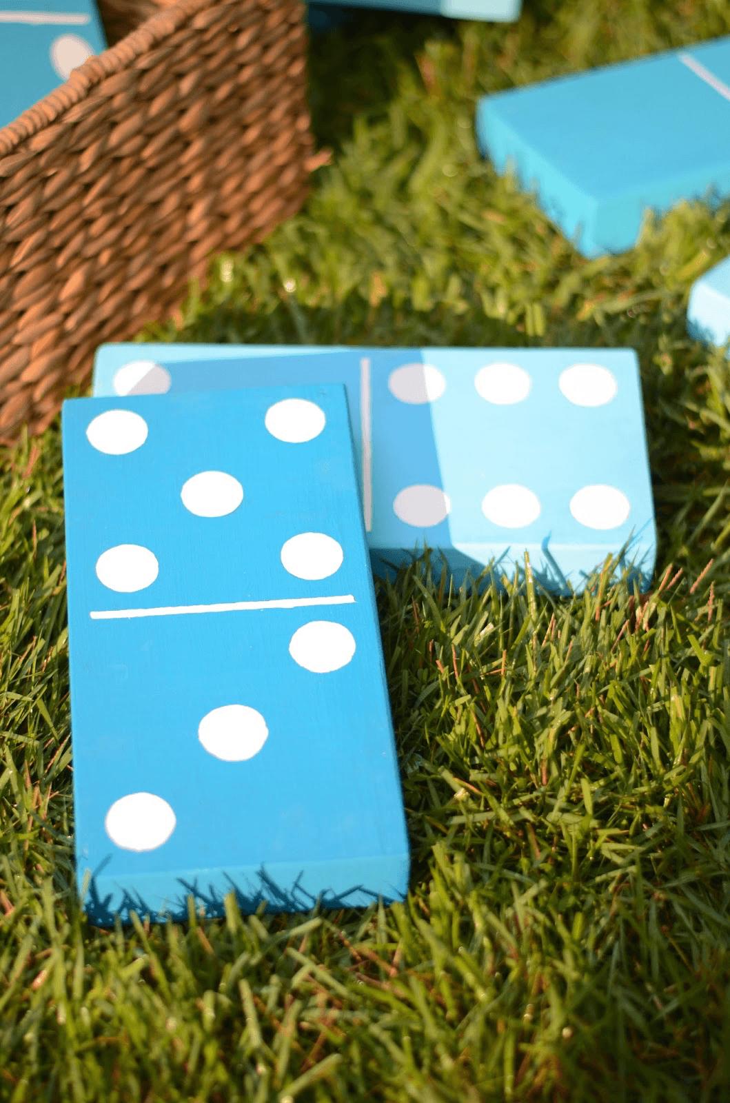 DIY Lawn Dominoes iron & twine