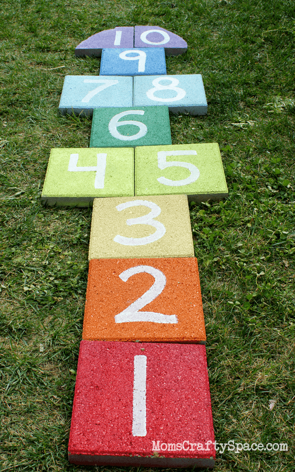 33 Awesome DIY Outdoor Games For Summer Fun