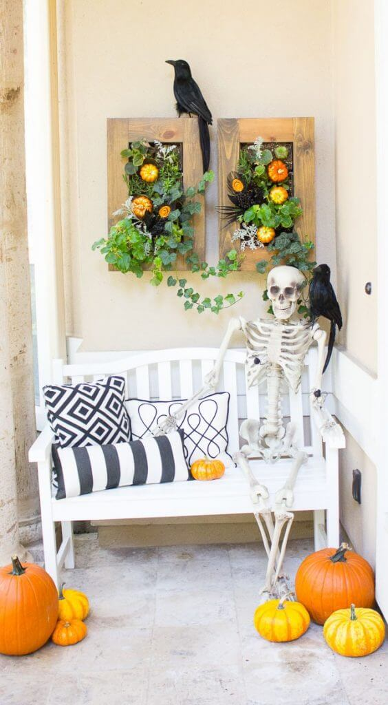 21 of the Best DIY Halloween Decorations-Fabulous & Frugal Decor Hacks