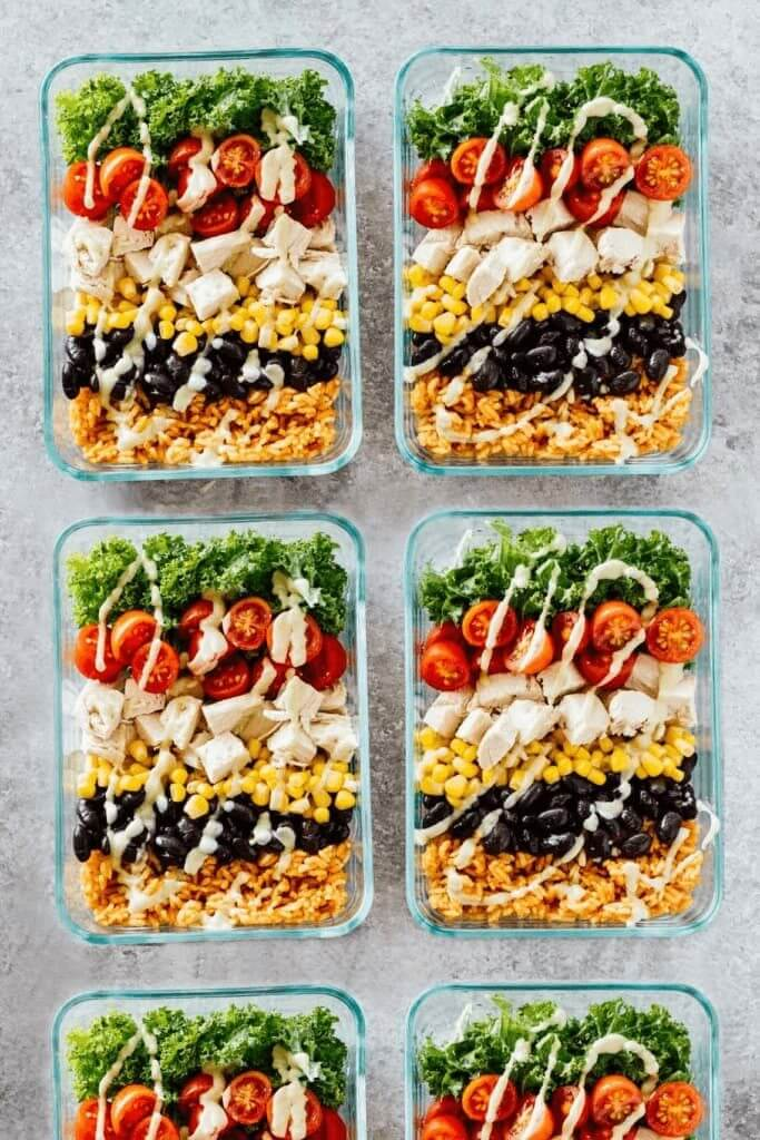 Lose weight & stay on budget with these healthy recipes for weight loss! Meal prep these healthy lunches and clean eating dinners ahead to save time & enjoy weight loss & lose belly fat while enjoying delicious, clean eating food! From easy crockpot chicken to sheet pan vegetarian options these clean eating meal prep recipes will help you lose weight, save money & get healthy! #cleaneating #cleaneatingrecipes #mealprep #healthyrecipes #diet #makeahead