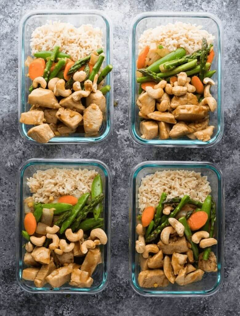 I'm always looking for clean eating recipes that help me lose weight and stay on budget! These healthy meal prep tips and recipes do both! Genius! Love these maple ginger chicken bowls from Sweet Peas and Saffron! #healthyrecipes #cleaneating #healthy #mealprep