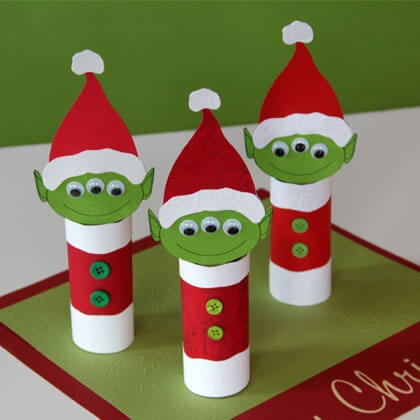 Christmas Crafts for Kids! If you're looking for easy Christmas crafts for kids to make at school or home during the holidays here's a great list of 17 cute ideas! These Christmas crafts for kids would make awesome gifts! #Christmascrafts #Christmas