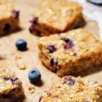 Blueberry-oatmeal-breakfast-bars